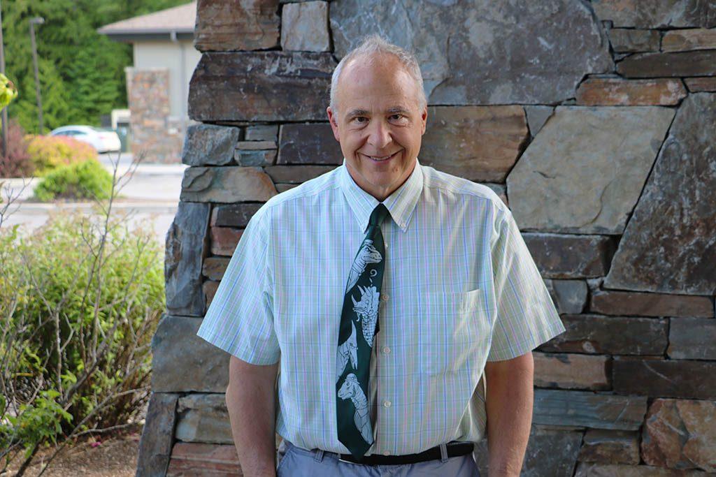 Dr. DiBenedetto, orthopedic surgeon at NIOSM